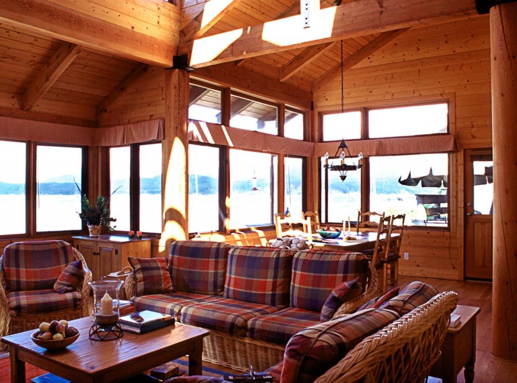 Fisherman's Beach House Design - Savary Island