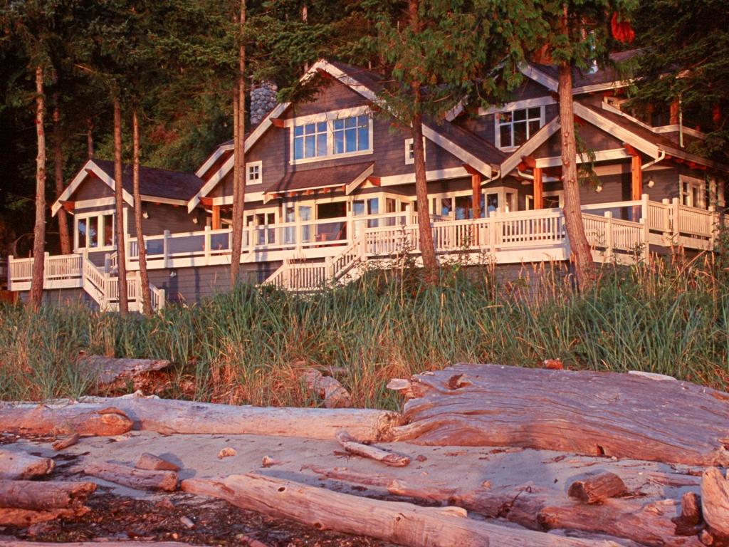 Beach House Architecture